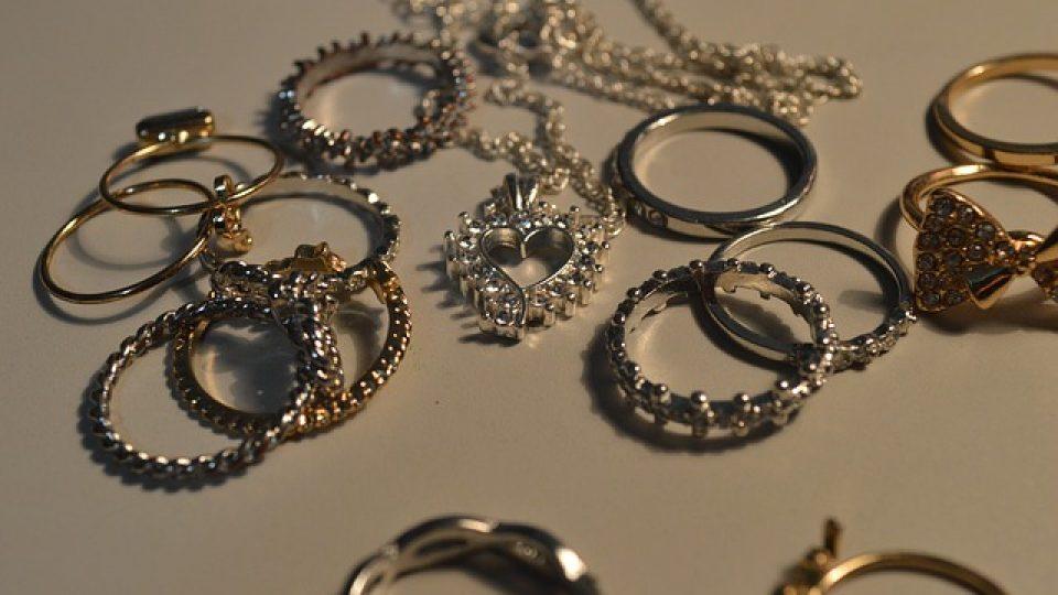 עיצוב תכשיטים
